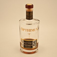 Opthimus 25 Ron Dominicano Whisky