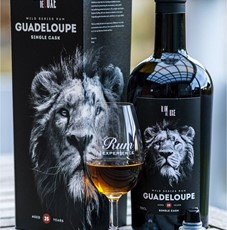 Rom De Luxe Guadeloupe Aged 25 Years
