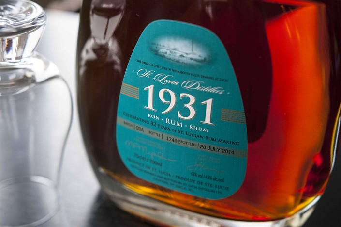 St Lucia 1931 3 Edition Rum 3